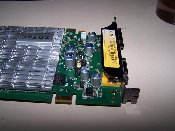 Zotac 7300GT bad caps